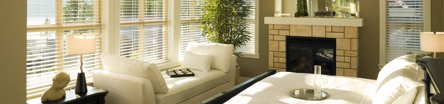 iStock_2 Fauxwood Blinds